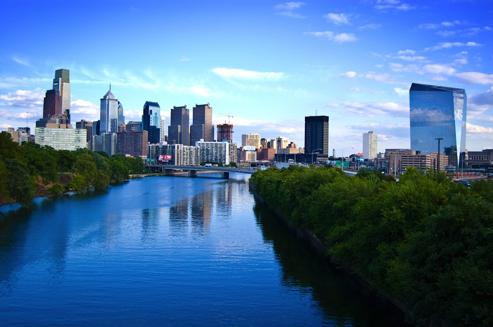 Philadelphia skyline with the view of the river.