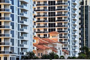 Apartment buildings where buying an apartment near the beach is possible.