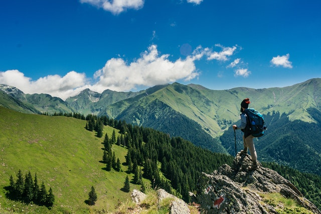 Explore Issaquah mountains.